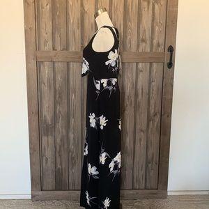 Francesca's Collections Dresses - Francesca's Birdcage Label Maxi Dress Floral (S)